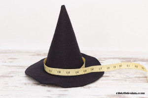 How to Measure Halloween Witch Hat